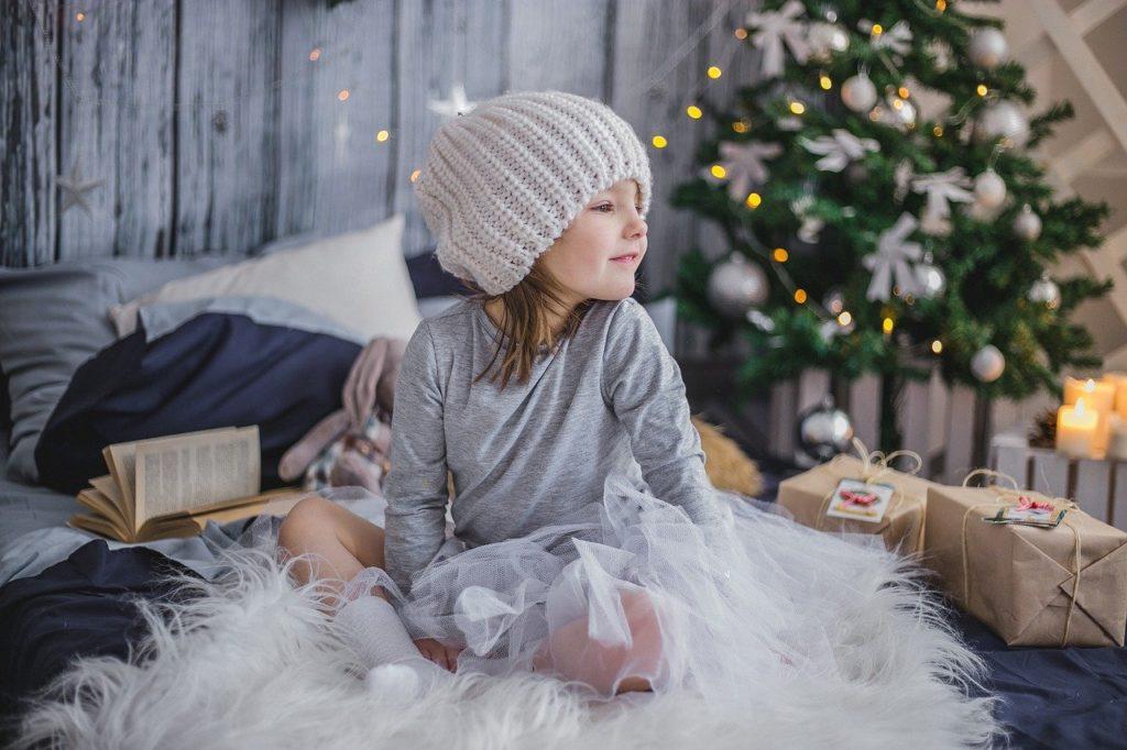 Les origines du sapin de Noël décoré et les tendances