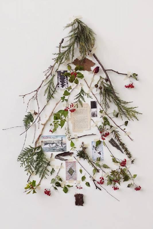 Des souvenirs significatifs ornent l'arbre de Noël
